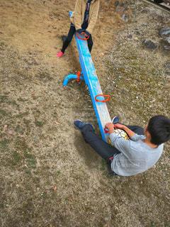 公園,冬,サッカーボール,男の子,シーソー,兄妹,12歳