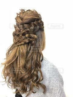 秋,ロングヘア,ヘアスタイル,結婚式,美容,女子力,巻き髪,ヘアアレンジ,ヘアメイク,おしゃれ,パーマ,レディー,ゆるふわパーマ