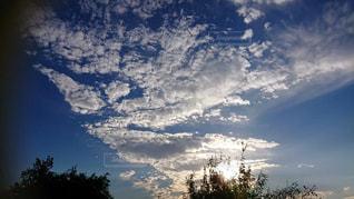 空,秋,屋外,太陽,雲,夕焼け,夕暮れ