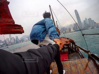 男性,ビル,船,未来,香港,夢,海上,ポジティブ,目標,チャレンジ,挑戦,可能性