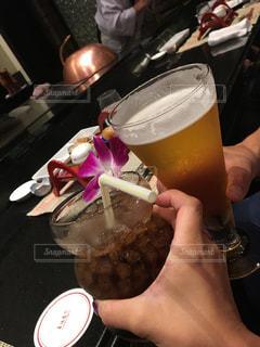 カップル,ディナー,リラックス,癒し,旅行,グラス,ビール,コーラ,記念日,乾杯,ドリンク,鉄板焼き,モード