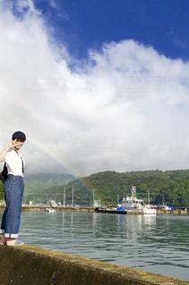 虹の端っこの写真・画像素材[1556949]