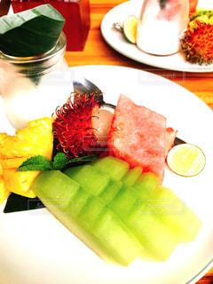 食べ物,スイカ,テーブル,フルーツ,果物,皿,メロン,果実,パイナップル,ヨーグルト,新鮮,ランブータン