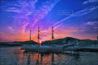 長崎港の夕景の写真・画像素材[1864913]