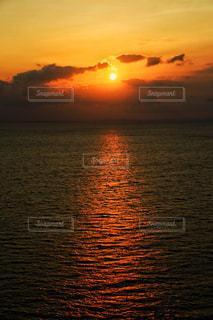 大瀬戸に沈む夕日の写真・画像素材[1884892]