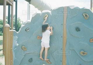 遊具で遊ぶ子供の写真・画像素材[1550264]