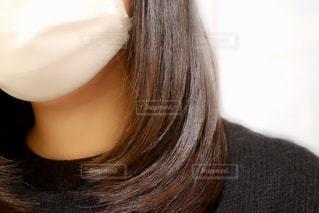 トリートメントしたばかりの髪の写真・画像素材[1646951]