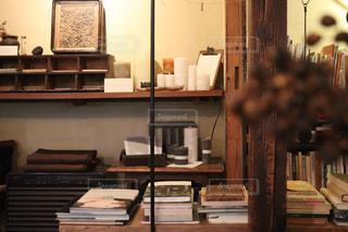 カフェのインテリアの写真・画像素材[2251865]