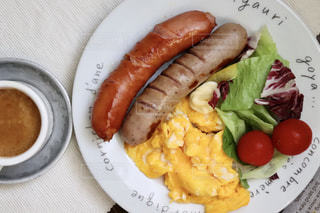 コーヒー,朝食,サラダ,洋食,ウインナー,朝ごはん,スクランブルエッグ,モーニング,ソーセージ,朝ご飯,ウィンナー,朝御飯