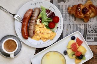コーヒー,朝食,パン,フルーツ,サラダ,洋食,ウインナー,朝ごはん,クロワッサン,スクランブルエッグ,モーニング,ソーセージ,朝ご飯,コーンスープ,ウィンナー,朝御飯
