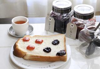 ジャムと食パンの写真・画像素材[2867303]
