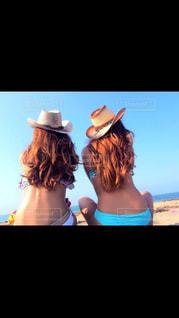 女性,海,空,夏,ビーチ,水着,女の子,後姿,野外,ビキニ,たそがれ