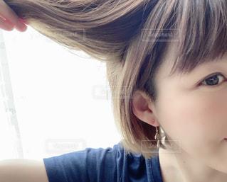 子供の髪の毛のクローズアップの写真・画像素材[2461033]
