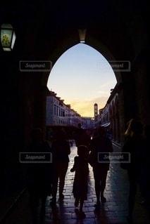 初めての街へ。の写真・画像素材[2663321]