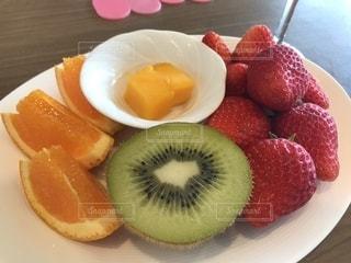 食べ物,マンゴー,オレンジ,いちご,デザート,フルーツ,果物,キウイ,キウイフルーツ