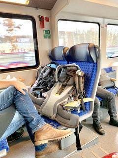 ひとり旅で、ドレスデンに向かう車内の写真・画像素材[2819808]