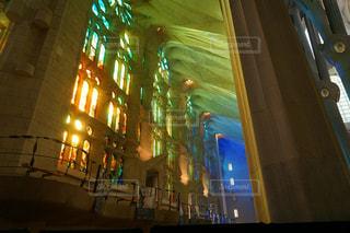 サグラダファミリアに差し込む光の写真・画像素材[1561683]