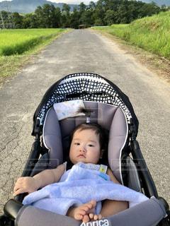 自然,屋外,散歩,道,赤ちゃん,ベビー,baby,ベビーカー,娘,乳児,あかちゃん,赤ん坊,乳母車