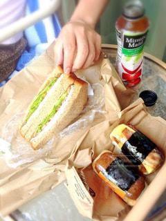 男性,食事,朝食,サンドイッチ,ハワイ,海外旅行,旦那,スパムおにぎり