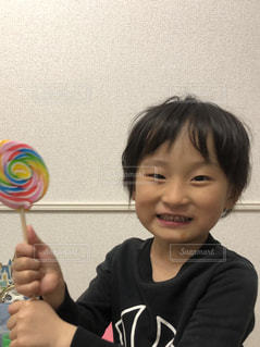 ぐるぐるキャンディー大好きの写真・画像素材[2334862]