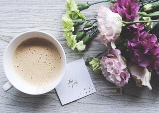 食べ物,飲み物,カフェ,花,コーヒー,屋内,フラワー,リラックス,珈琲,モーニング,おうちカフェ,ドリンク,ラテ,ホット,おうち,ライフスタイル,おうち時間