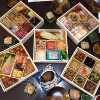 食材の色やお皿の色など楽しめる御節料理♡の写真・画像素材[1573340]