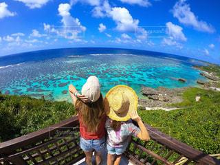海,空,夏,太陽,青,波,水面,人,未来,宮古島,女子旅,ビキニ,夢,ポジティブ,目標,可能性