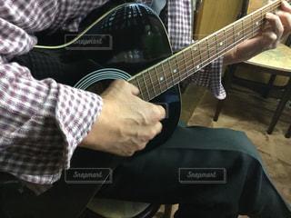 ギター練習の写真・画像素材[1635795]