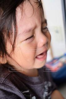 泣きじゃくる甥の写真・画像素材[1794938]
