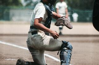 野球の試合をしている人の写真・画像素材[3803849]
