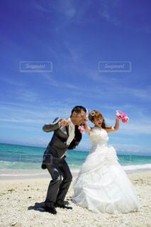 ビーチの人々 のカップルの写真・画像素材[1609628]