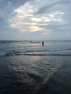 海,夕焼け,波,海岸,未来,黄昏,これから,フォトジェニック
