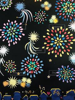 切り紙の花火の写真・画像素材[1586361]