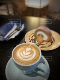 珈琲店で ケーキセットの写真・画像素材[2254951]