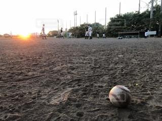 空,スポーツ,屋外,夕暮れ,野球,練習,夢,グラウンド,甲子園,中間,仲間たち