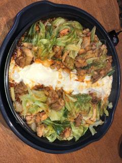 チーズ,キャベツ,鶏肉,韓国料理,玉ねぎ,トッポギ,サツマイモ,チーズタッカルビ