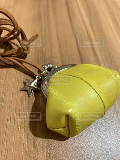 黄色,ネックレス,幸せ,イエロー,カラー,黄,本革,がま口,イールスキン,うなぎの革