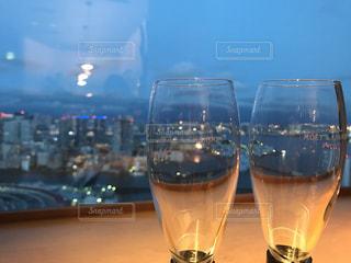 夜,屋内,グラス,レストラン,誕生日,お祝い,乾杯