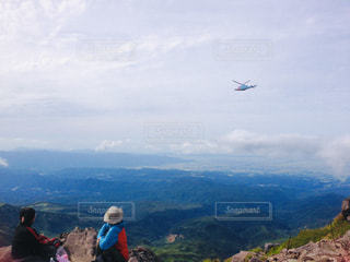 月山登山ヘリコプターの写真・画像素材[2251665]