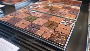 綺麗なチョコレートの写真・画像素材[2053038]