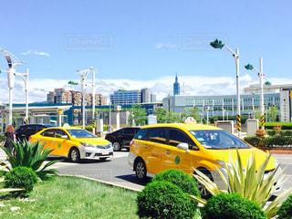 空,屋外,海外,黄色,鮮やか,旅行,空港,タクシー,台湾,Snapmart,コンテスト,写真素材