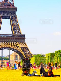 犬,空,公園,建物,自転車,木,芝生,屋外,海外,緑,青空,観光,都会,リラックス,人,旅,フランス,パリ,広場,エッフェル塔,海外旅行,天気,市民