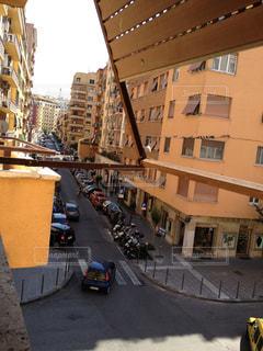 空,建物,街並み,屋外,青空,車,道路,観光地,ローマ,家,旅行,旅,イタリア,Snapmart,写真素材,フォトコンテスト