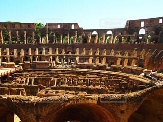 建物,夏,屋外,海外,青空,散歩,観光地,ローマ,アート,古い,旅行,旅,イタリア,Snapmart,散策,写真素材,フォトコンテスト,コロセオ