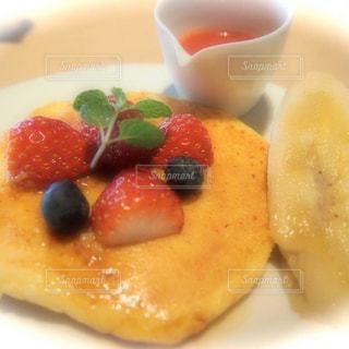 朝ごはんのパンケーキの写真・画像素材[1858189]