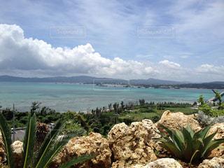 沖縄の古宇利島からの景色の写真・画像素材[1869693]