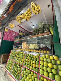 ネパールのフレッシュジュース専門店の写真・画像素材[3162048]
