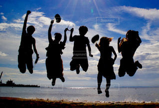 海,夏,ジャンプ,元気,未来,青春,夢,ポジティブ,可能性