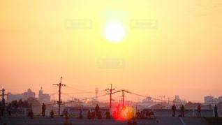 空,朝日,人物,人,未来,朝,バルーン,夢,ポジティブ,希望,可能性