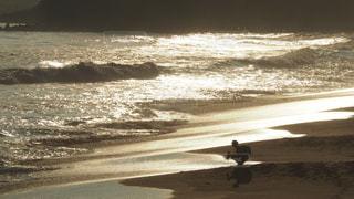 海,空,夕日,人物,人,キラキラ,未来,夢,ポジティブ,希望,目標,可能性